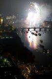 Fuegos artificiales sobre el ojo y Westminster de Londres Imagenes de archivo