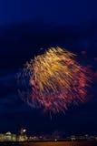 Fuegos artificiales sobre Neva Imágenes de archivo libres de regalías