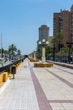 FUENGIROLA, ANDALUCIA/SPAIN - 24 MEI: De Promenade in Fuengiro Stock Afbeeldingen