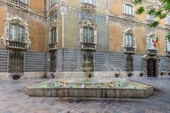 Fuente cerca del palacio histórico de Marques de Dos Aguas Fotografía de archivo libre de regalías