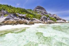 Fuente d'Argent, la Digue, Seychelles de Anse Foto de archivo libre de regalías