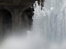 Fuente de agua foto de archivo libre de regalías