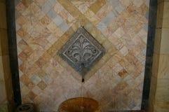 Fuente de agua mineral caliente Centro turístico Jermuk, Armenia imagen de archivo