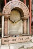 Fuente de consumición histórica, Londres Imagen de archivo