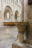Fuente de piedra antigua Imágenes de archivo libres de regalías