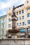 Fuente de RRoland en la ciudad vieja de Bratislava Imagenes de archivo