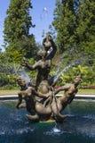 Fuente de Tritón en parque de los regentes Foto de archivo libre de regalías