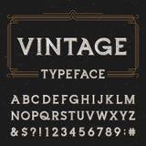 Fuente de vector del alfabeto del vintage con textura apenada de la capa ilustración del vector
