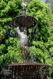 Fuente decorativa del jardín Imagenes de archivo
