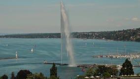 Fuente del agua del ` del jet d y el lago en Ginebra, Suiza, 2016 almacen de video
