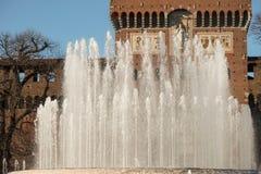 Fuente del castillo de Sforza Imagenes de archivo