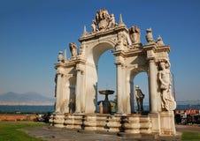 Fuente del gigante, Nápoles, Italia fotos de archivo