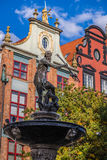 Fuente del Neptuno en la ciudad vieja de Gdansk, Polonia Imagen de archivo libre de regalías
