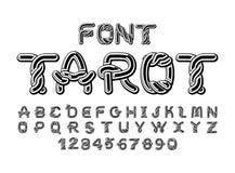 Fuente del tarot Alfabeto antiguo tradicional del Celtic de los manuscritos ni Imagen de archivo