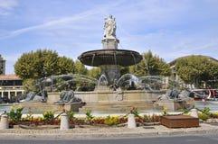 Fuente en Aix una Provence imagen de archivo