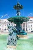 Fuente en el cuadrado de Rossio en Lisboa Fotografía de archivo libre de regalías