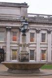 Fuente en la universidad de Greenwich Fotografía de archivo