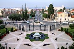 Fuente en los jardines de Bahai en Haifa, Israel imagenes de archivo