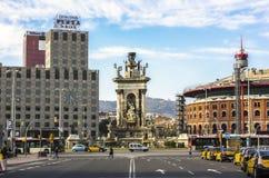 Fuente en Plaza de Espana, Barcelona Imagenes de archivo