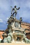 Fuente medieval en la plaza Maggiore Imágenes de archivo libres de regalías