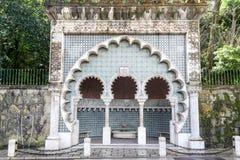 Fuente mora del estilo en el centro cinty de Sintra (Portugal) Imagenes de archivo