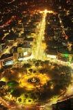 Fuente Osmena cirkel på natten Royaltyfri Fotografi