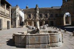 Fuente romana de los leones de Baeza imagenes de archivo