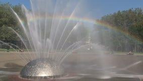 Fuente Seattle del milenio con el arco iris, Estados Unidos metrajes