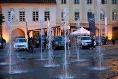 Fuente - Sibiu Piata Mare Imagenes de archivo