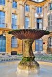 Fuente vieja en Aix-en-Provence, Francia Imagen de archivo libre de regalías