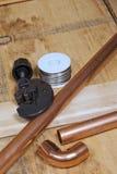 Fuentes de cobre del tubo y de la plomería Imágenes de archivo libres de regalías