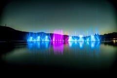 Fuentes en el lago Imagen de archivo libre de regalías