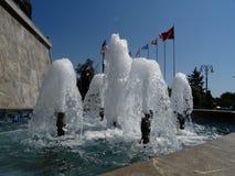 Fuentes en la ciudad turca de Alanya fotografía de archivo