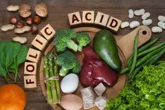 Fuentes naturales de ácido fólico Fotos de archivo
