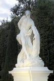 Fuentes y esculturas de Versalles en caída Fotos de archivo