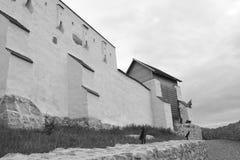 Fuerte en el pueblo Feldioara, construido por los caballeros teutónicos hace 900 años, en Transilvania, Rumania Fotos de archivo