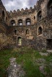Fuerte georgiano histórico de las ruinas de la fortaleza de Khertvisi fotos de archivo