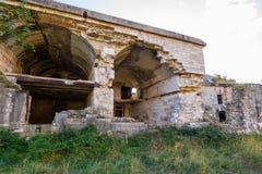 Fuerte militar abandonado cerca de la costa en Croacia Fotografía de archivo
