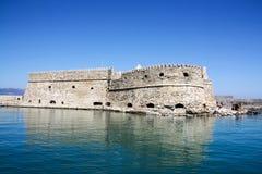 Fuerte veneciano en el puerto de Heraklion, isla de Creta, Grecia imagenes de archivo