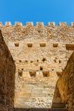 Fuerte veneciano histórico de Kazarma Sitia, Crete foto de archivo