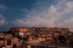 fuerte viejo de Jaisalmer en la puesta del sol Imagen de archivo libre de regalías
