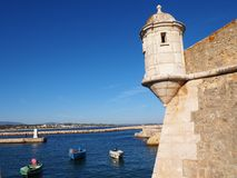 Fuerte y puerto, Lagos, Portugal Fotos de archivo libres de regalías
