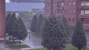 Fuertes lluvias en área del dormitorio metrajes