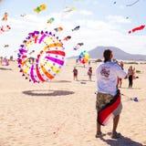 FUERTEVENTURA - 13 NOVEMBER: Het festival van de vlieger Stock Afbeelding