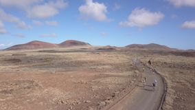 Fuerteventura España: 2018-10-27, XX competitio 2018 de la bici de montaña de Fudenas de la edición almacen de metraje de vídeo