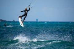 Fuerteventura - può 27 2018: atleta nel corso di formazione al fla fotografie stock