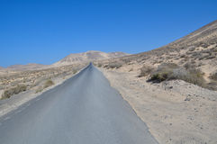Fuerteventura road to La Lajita 1. Road to La lajita (beach) south of the island Fuerteventura (Canary Islands Stock Images