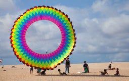 FUERTEVENTURA, SPANIEN am 8. November 2014 Drachen-Festival Stockbilder