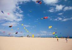 FUERTEVENTURA, SPANJE, 08 NOVEMBER 2014, Vliegerfestival Stock Foto's