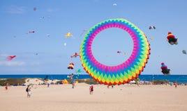 FUERTEVENTURA, SPANJE, 08 NOVEMBER 2014, Vliegerfestival Stock Afbeeldingen